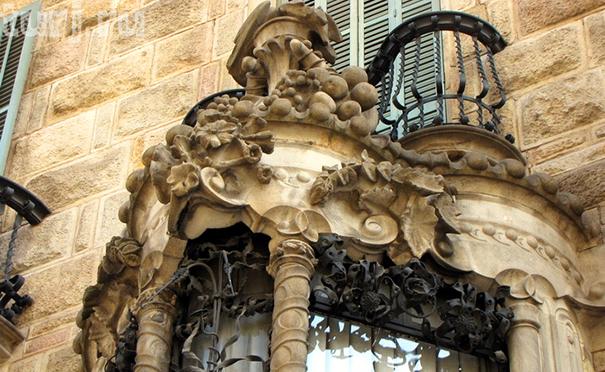 антонио гауди, саграда фамилия, искупительный храм святого семейства, гауди, архитектор, барселона, художник, парк гуэль,