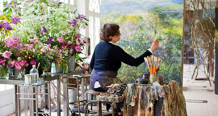 Цветочная оранжерея в мастерской Клер Баслер